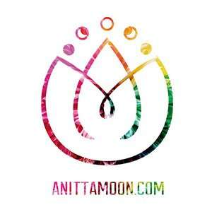 Anitta Moon artisan products in Barcelona