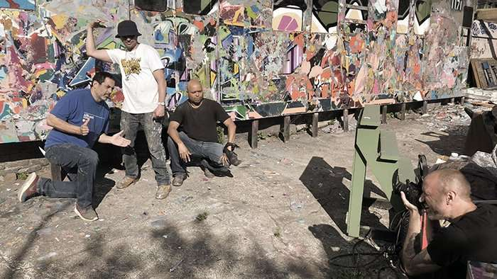 Photographing graffiti artists The Bronx